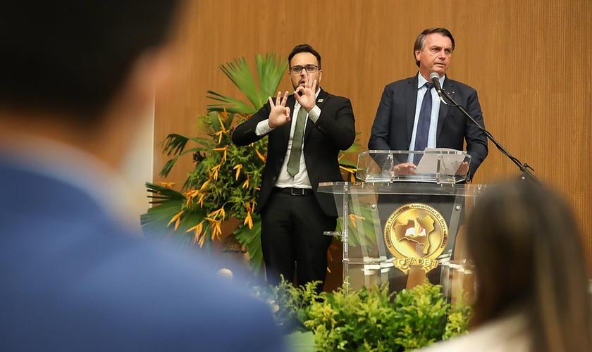 Jair Bolsonaro em participação nas 113ª e 114ª Assembleias Gerais Ordinárias da CEADEB, em Salvador. (Foto: Marcos Corrêa/PR)