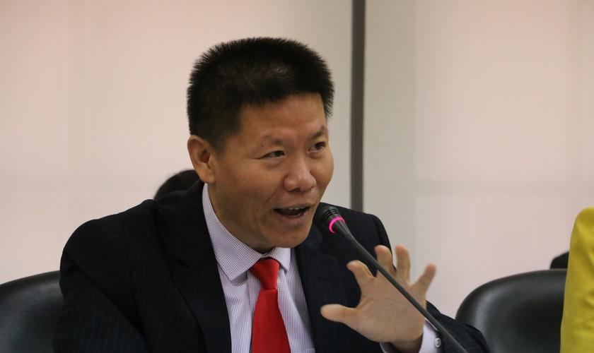Pastor Bob Fu é pastor e um conhecido ativista na luta pela liberdade religiosa na China. (Foto: CBN News)