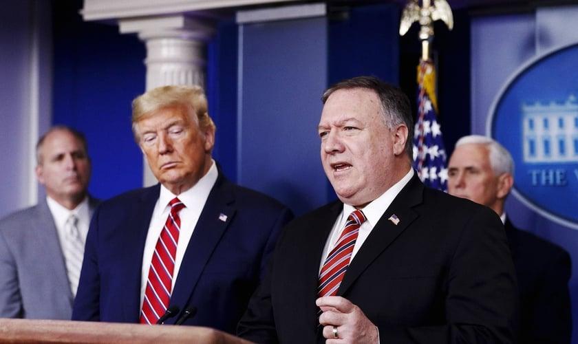 Poucos dias antes de deixar a Casa Branca, o governo Trump declarou Cuba financiadora do terrorismo. (Foto: Al Drago/Bloomberg/Getty Images)
