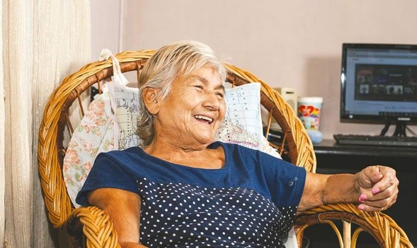 Lucía Cabral, de 73 anos, testemunhou o milagre em sua vida. (Foto: Reprodução/El Territorio)