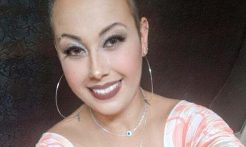 Carina Vilela tornou-se exemplo de superação pela fé. (Foto: Reprodução / TV Jaguari)