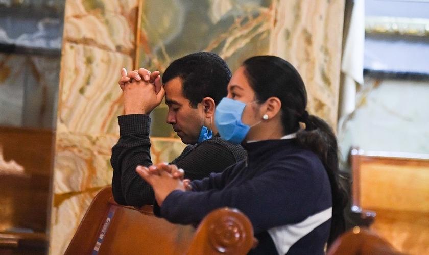 Cresce o número de evangélicos no México, enquanto católicos diminuem. (Foto: El Universal)