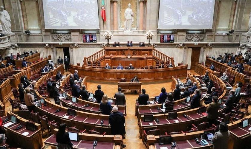 A lei segue para decisão do presidente da República, que pode vetar, enviar para o Tribunal Constitucional ou promulgar. (Foto: Miguel A. Lopes / Lusa)