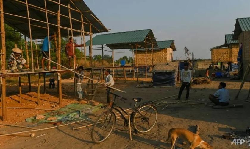 Vila cristã contruída em Yangon. (Foto: AFP / Ye Aung TH)