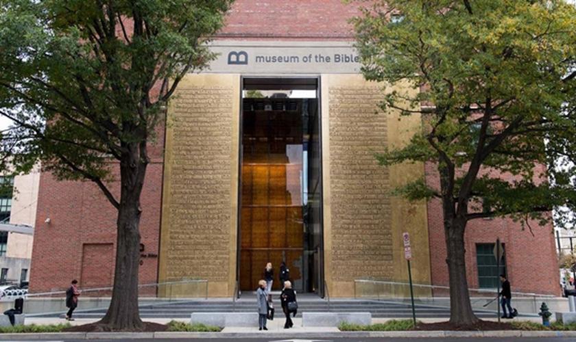 Fachada do Museu da Bíblia em Washington. (Foto: Saul Loeb / AFP)