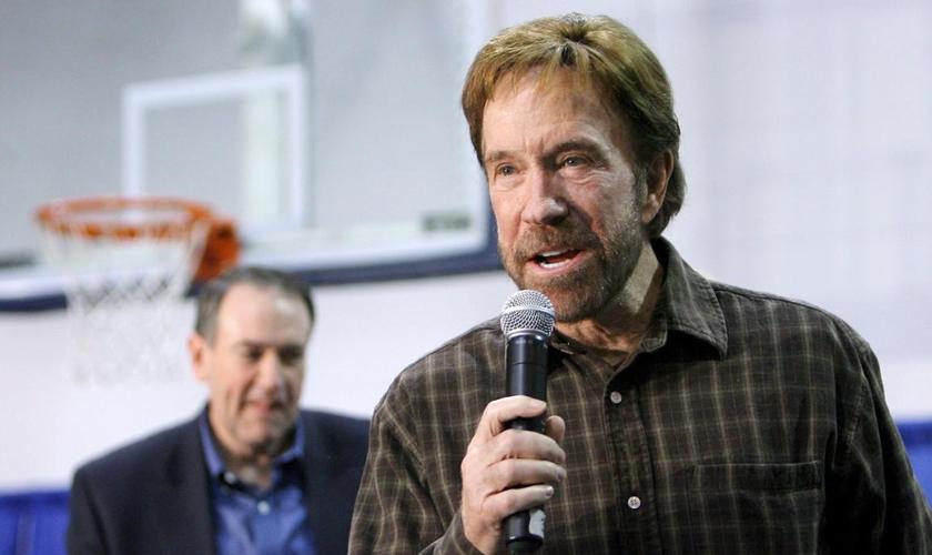 Chuck Norris criticou pessoas que não valorizam a vida humana. (Foto: picture-alliance/dpa)
