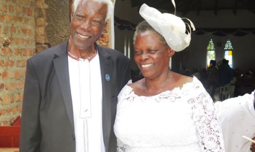 George Bashukwa e sua esposa, Perepetwa. (Foto: Daily Monitor)