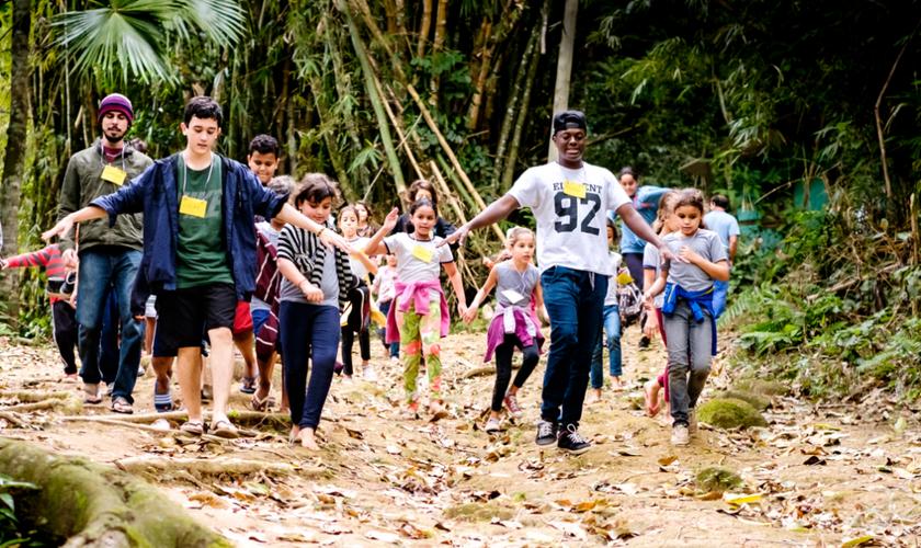 Os participantes do Mutirão puderam deixar mensagens de encorajamento que foram enviadas às crianças. (Foto: Divulgação/Rede Mãos Dadas).