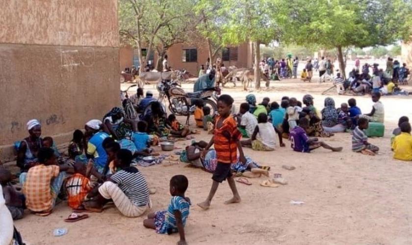 Muitos cristãos que foram expulsos de suas vilas contam com a ajuda de igrejas de outras regiões. (Foto: Portas Abertas)