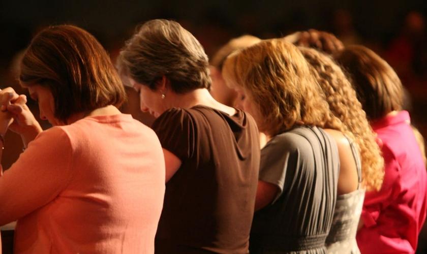 Na primeira sexta-feira de março, mulheres do movimento WDPIC oram por missões no mundo todo. (Foto: Flickr/Roswell UMC)