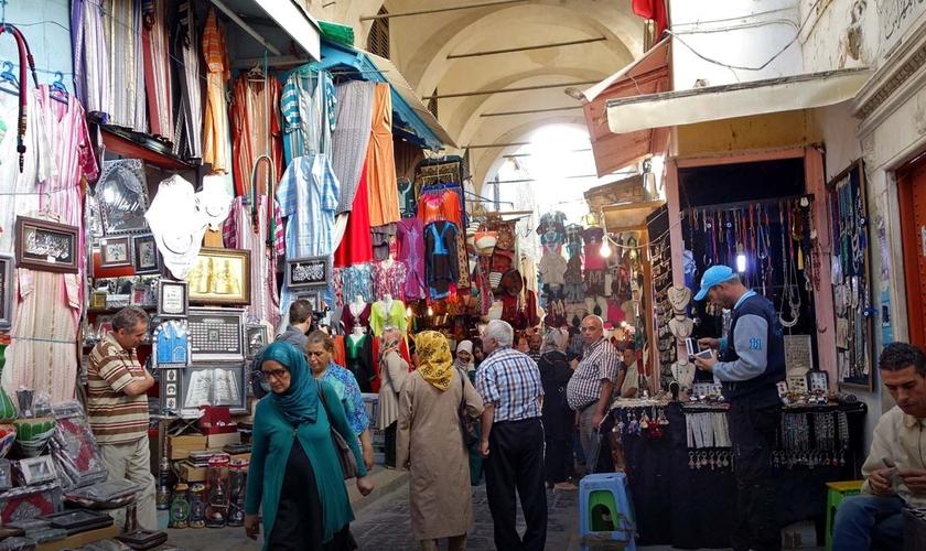 Entre os tunisianos prevalece a perseguição por pressão islâmica e opressão do clã.