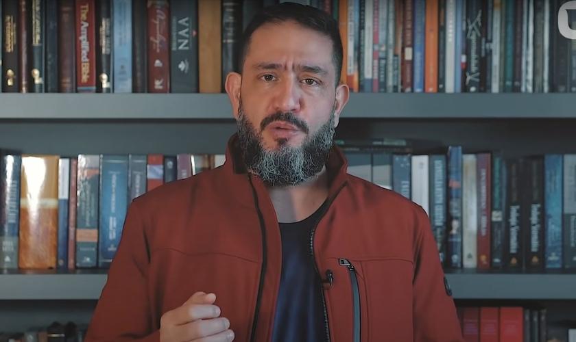 Luciano Subirá fala sobre a vontade de Deus e o chamado de cada um. (Foto: Reprodução/YouTube)