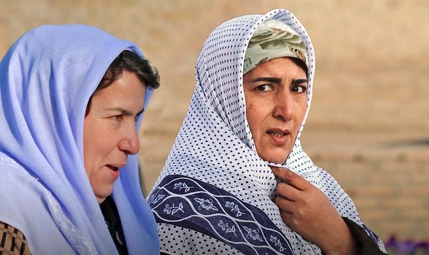 No Uzbequistão, as mulheres não estão efetivamente autorizadas a escolher a própria religião. (Foto: Portas Abertas)
