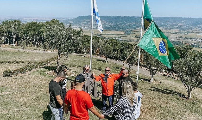 Joel Engel chama as igrejas a clamarem pelo Brasil. (Foto: Ministério Engel)