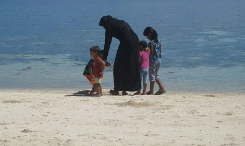 Para não enfrentar violência, cristãos maldivos precisam manter a fé em segredo. (Foto: Portas Abertas)
