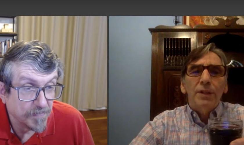 Luiz Sayão e Daniel Woods falam sobre a Páscoa judaica e cristã. (Foto: Reprodução/YouTube)