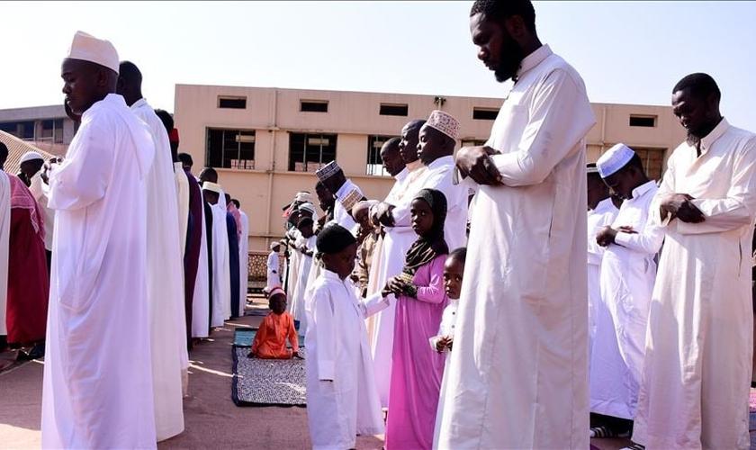 O pastor Oduchu deixou esposa e oito filhos, entre 2 e 16 anos. (Foto: Filie Photo).