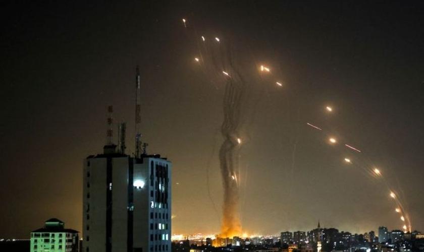 O Domo de Ferro tem protegido Israel dos ataques de seus inimigos. (Foto: Mohammed Abed/Getty).