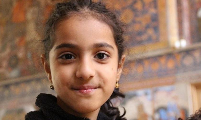 Uma mãe cristã no Irã preparou a filha Lily para a perseguição religiosa. (Foto: Open Doors).