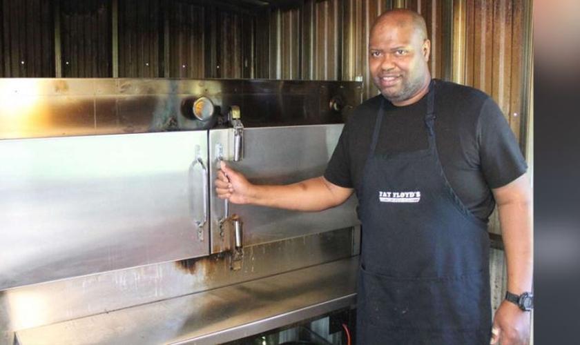 A Fat Floyd's Smokehouse & Grill foi criada para financiar projetos evangelísticos e missões. (Foto: Assemblies of God EUA).