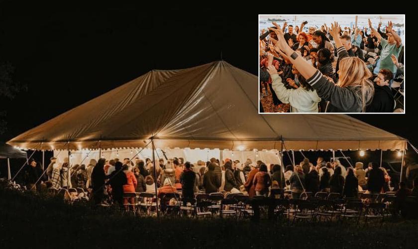 """Tenda do """"Campo dos Sonhos"""", em Tennessee, EUA. (Foto: Reprodução / Facebook)"""