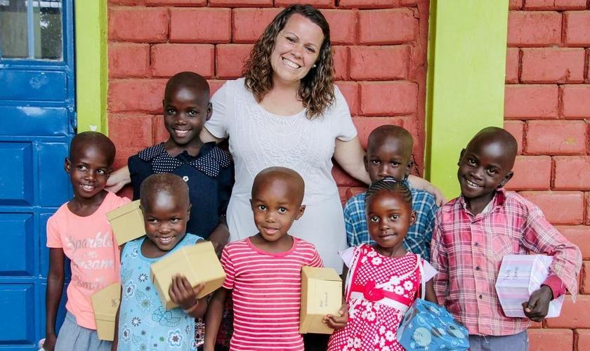 """Becky Murry fundou a organização missionária """"One by One"""" para levar esperança a crianças em extrema pobreza. (Foto: Reprodução/Instagram)."""