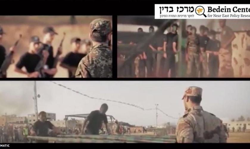 Vídeo mostra crianças sendo treinadas militarmente. (Foto: Reprodução / Faithwire)