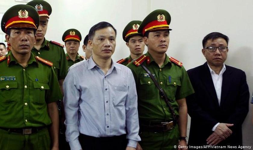 Os presos incluem ativistas políticos, jornalistas independentes e peticionários de direitos à terra. (Foto: Reprodução / DW)