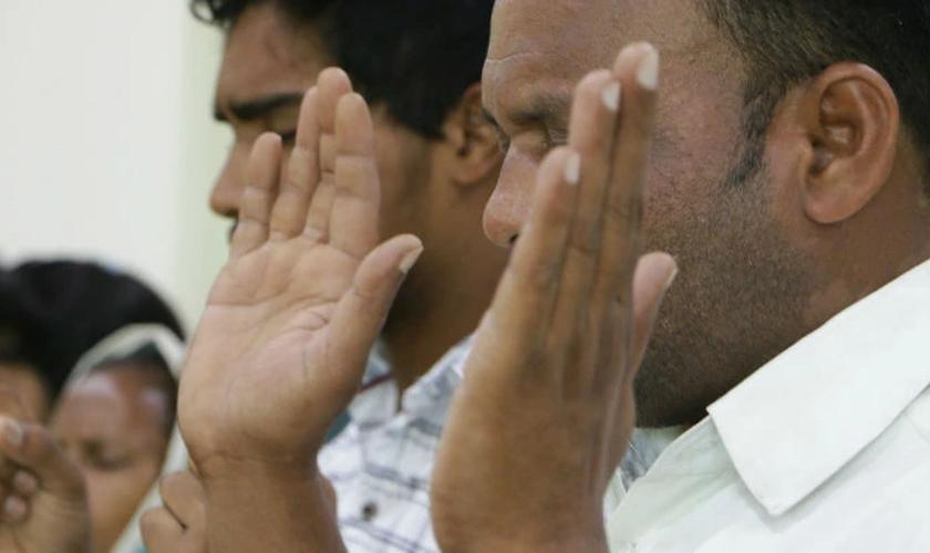 Diferentes casos de incidentes por conta da fé se espalham por toda a Índia e cristãos pedem orações. (Foto: Portas Abertas)