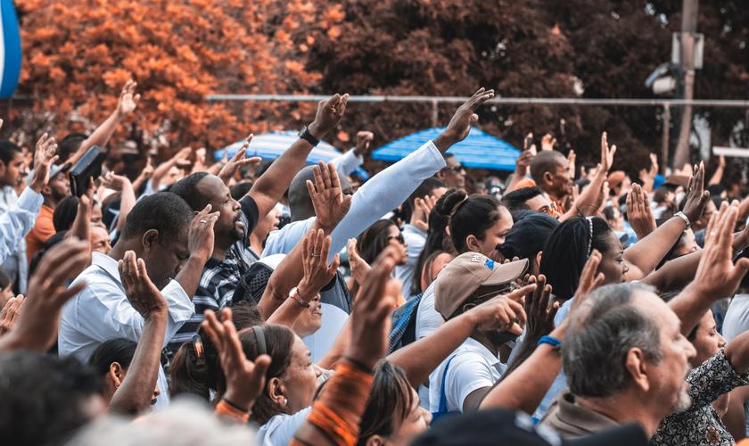 Dia do Jejum e Oração entrará em calendário oficial de eventos de Brasília. (Foto: Reprodução / Canva)