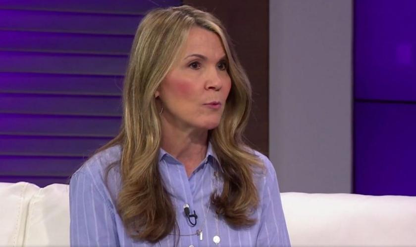 Lisa Bickle Stribling conta como se livrou do vício em heroína. (Foto: God TV)