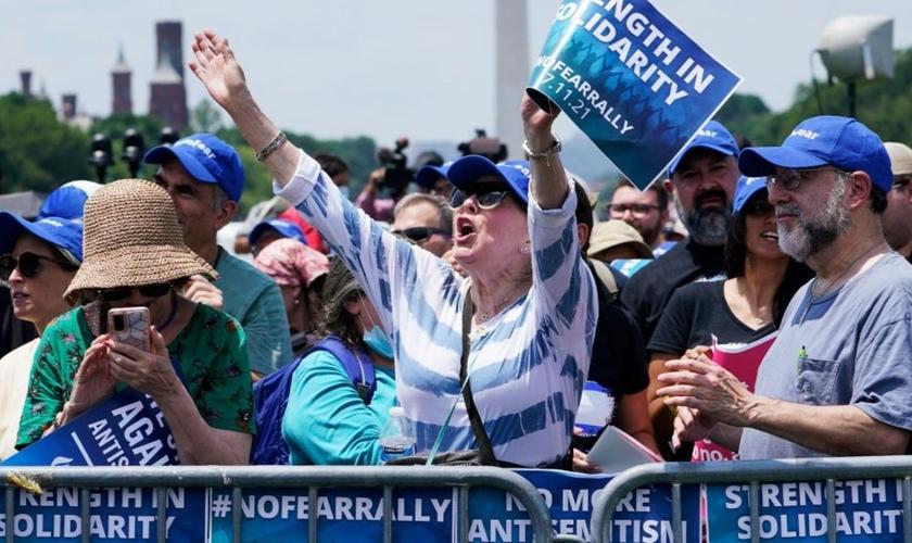 """Evento """"Sem medo: Uma manifestação em solidariedade ao povo judeu"""", em Washington, domingo, 11 de julho de 2021. (Foto: AP Photo/Susan Walsh)."""