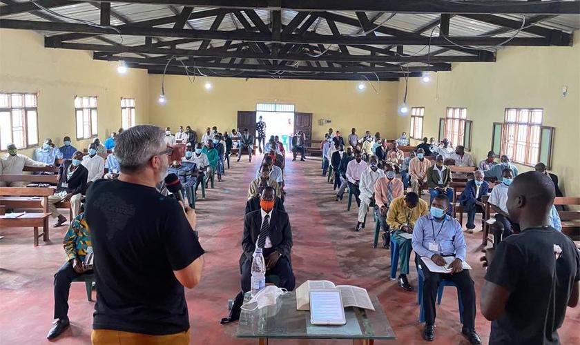 Seminário Bíblico Intensivo da Missão Mãos Estendidas na África. (Foto: MME)