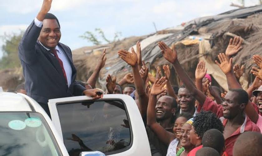 Hakainde Hichilema venceu as eleições com um milhão de votos a mais que seu rival, o ex-presidente Edgar Lungu. (Foto: Citizens News).