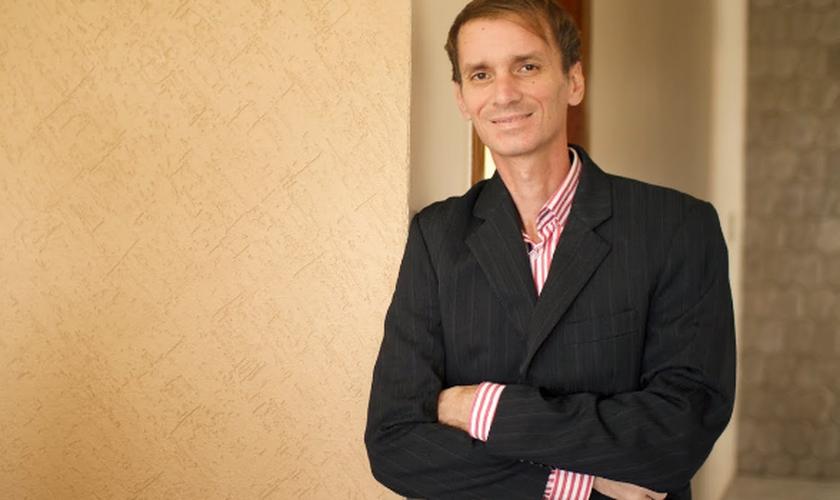 João Bosco Teixeira Junior tinha 43 anos e há 16 estava no comando da agência de cantores evangélicos, JR Louvor.