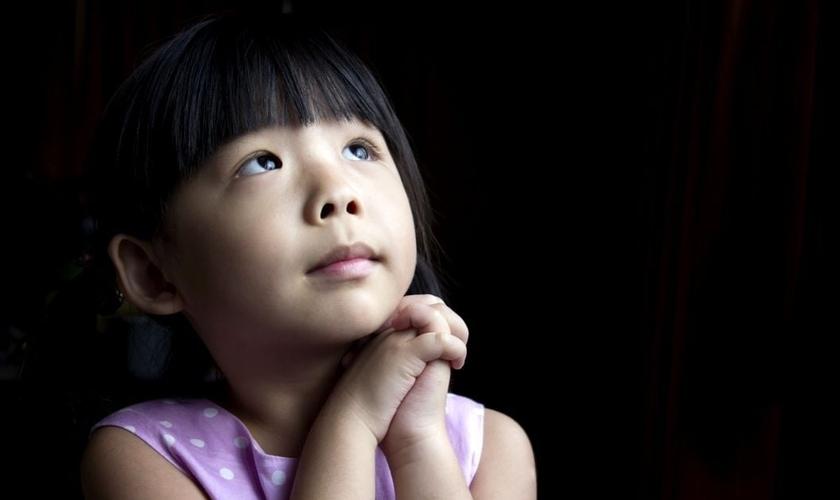 Pesquisas indicam que orar com frequência ajuda a manter a mente e o corpo saudáveis.
