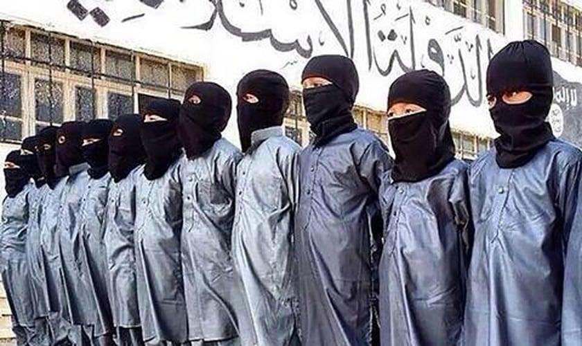 Os militantes terroristas querem formar uma nova geração de homens-bomba. (Foto: NBC News)