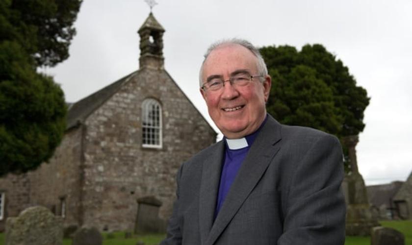 Rev. Angus Morrison foi o moderador da assembleia geral. (Rex/Shutterstock)