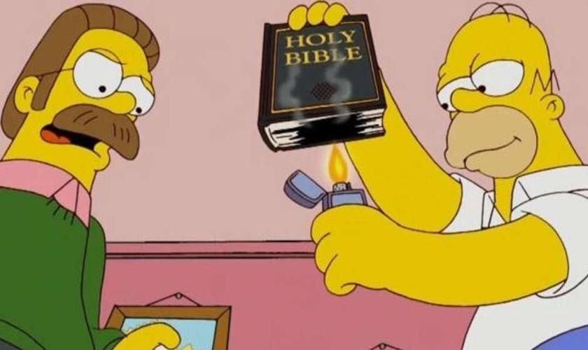 A imagem do personagem Hommer Simpson queimando uma Biblia Sagrada foi usada por um dos internautas que apoiou a tag polêmica.
