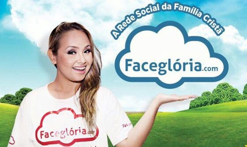 Bruna Karla em anúncio da rede social Faceglória. (Divulgação)