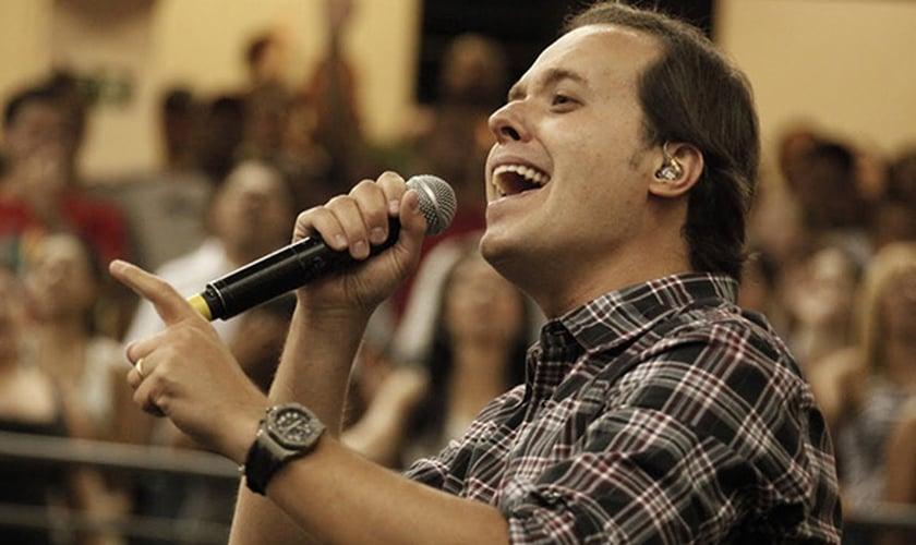 """O álbum """"Crer Para Ver"""" traz canções autorais que falam de fé, esperança e perdão para os adoradores."""