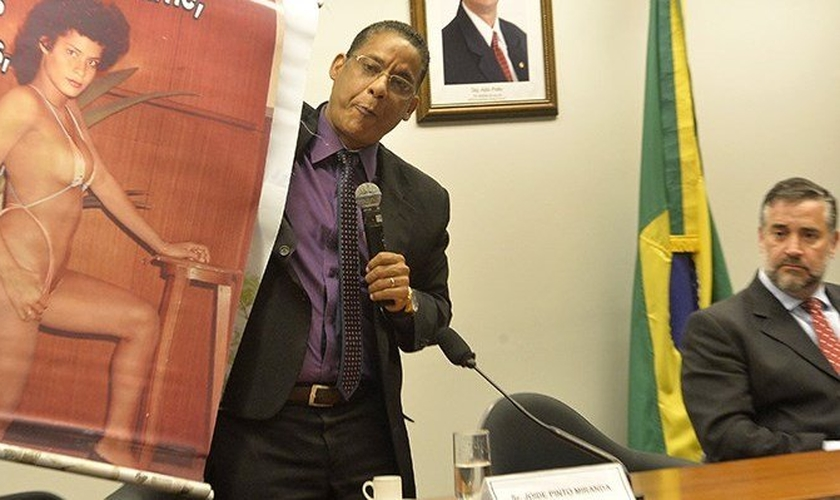 Ex-homossexual, Pastor Joide Miranda compartilha seu testemunho de transformação com parlamentares na Câmara dos Deputados
