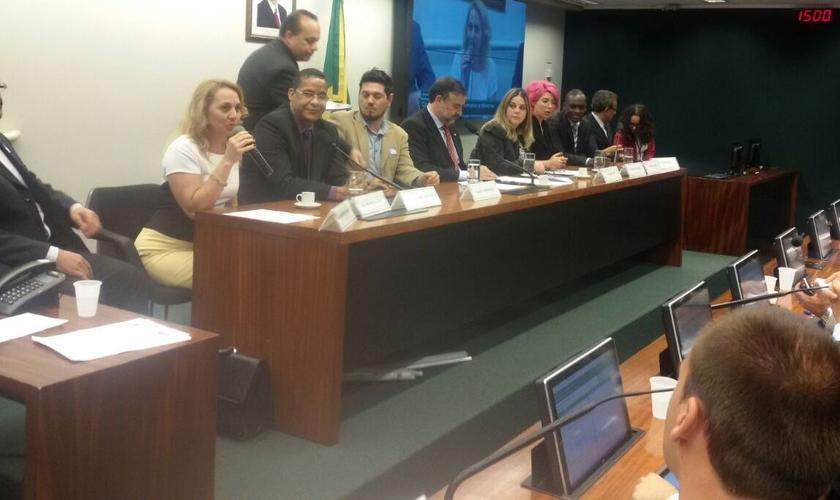 A audiência realizada no plenário 9 da Câmara Federal contou com a participação de ex-gays e também da psicóloga Marisa Lobo
