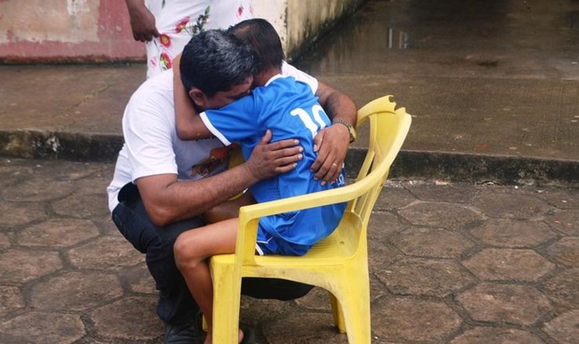 Reencontro entre os dois aconteceu neste sábado (18), em Macapá. (Foto: John Pacheco/G1)
