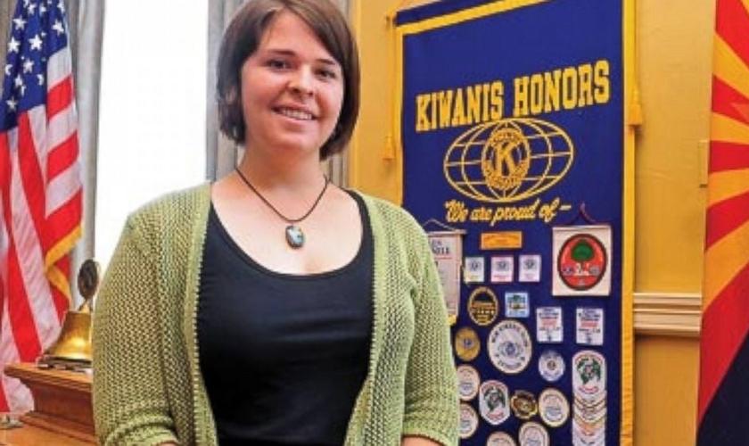 Kayla Mueller foi capturada e morta por militantes terroristas. (Foto: Reprodução)