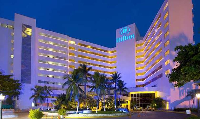 Fachada do Hotel Hilton, em Cartagena (Colômbia)