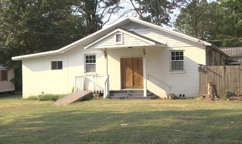 Templo da igreja Tabernáculo Oasis, em East Selma, Alabama / EUA.