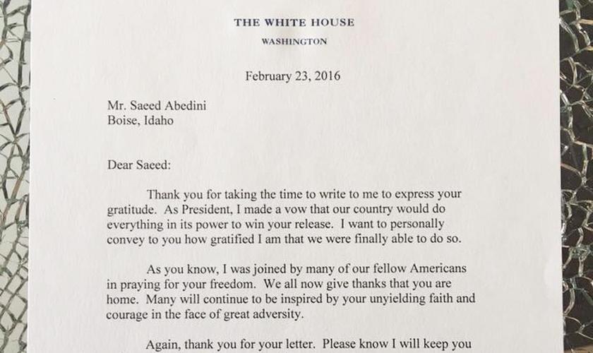 A mensagem de Obama veio em resposta à carta de agradecimento enviada anteriormente pelo pastor. (Foto: Facebook/Saeed Abedini)