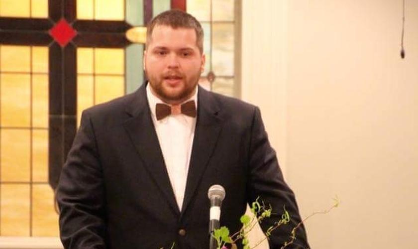 O pastor norte-americano Jonathan Greer foi demitido pela Igreja Batista de Sterling. (Foto: Reprodução/Facebook)