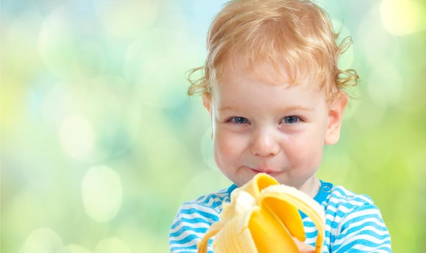 Os pais precisam abusar da criatividade na hora de alimentar as crianças. (Foto: Reprodução)